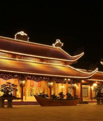 chùa ba vàng