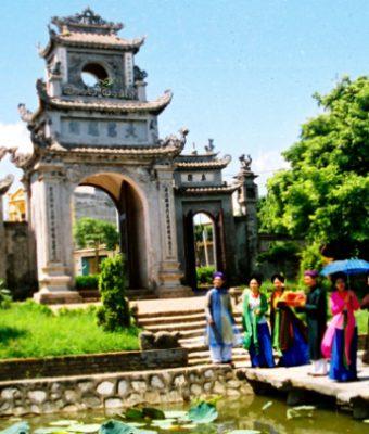 chùa chuông hưng yên