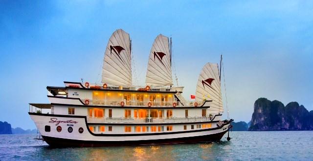 Kết quả hình ảnh cho du thuyền vịnh hạ long