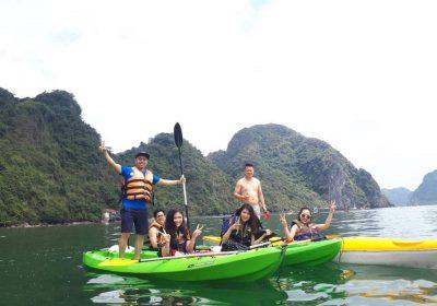 Trải nghiệm tại làng chài Trà Báu, vịnh Hạ Long